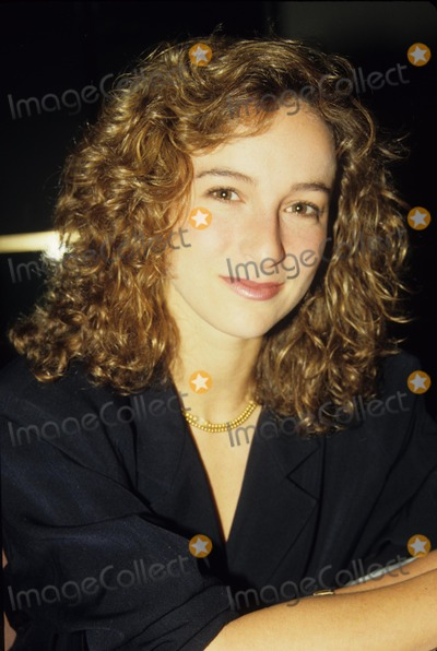 Jennifer Grey Photo - Jennifer Grey 1987 F4838 Supplied by Globe Photos Inc