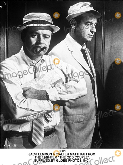 Walter Matthau Photo - Jack Lemmon  Walter Matthau From the 1968 Film the Odd Couple Supplied by Globe Photos Inc