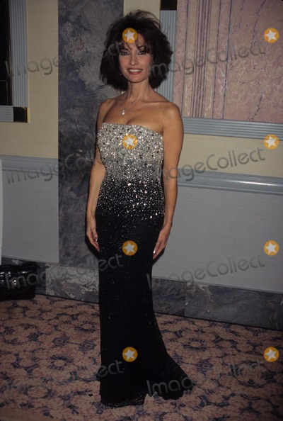 Susan Lucci Photo - Susan Lucci International Emmy Awards Gala 1996 K7062ww Photo by Walter Weissman-Globe Photos Inc