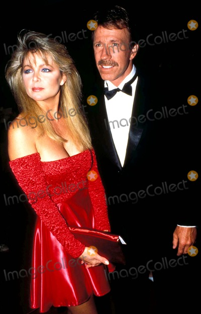 Chuck Norris Photo - Chuck Norris and Lisa Hartman Photo John Barrett  Globe Photos Inc 1988 Chucknorrisretro