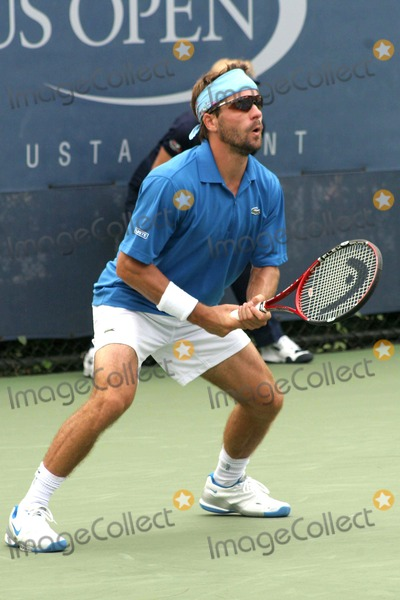 Arnaud Clement Photo - Us Open 2007-day 2 Usta Billie Jean King Tennis Center-nyc-82807 Arnaud Clement Photo by John B Zissel-ipol-Globe Photos Inc 2007