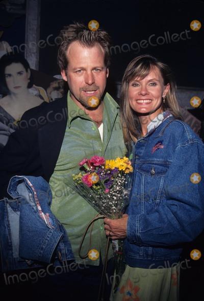 Lynn Herring Photo - Lynn Herring with Kin Shriner at Cast of Port Charles  Planet Hollywood 1997 Photo by Tom Rodriguez-Globe Photos Inc