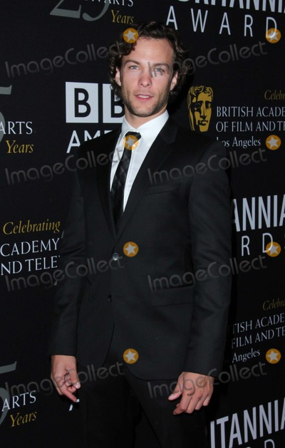 Kyle Schmid Photo - Kyle Schmid attends Bafta LA 2012 Britannia Awards on 7th November 2012 at the Beverly Hilton Hotelbeverly Hillscausaphoto TleopoldGlobephotos