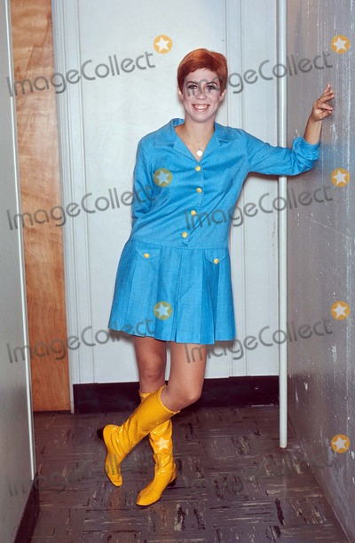 Vicki Lawrence Photo - Vicki Lawrence 10-1967 Supplied by Globe Photos Inc
