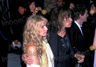 Aerosmith Photo - Vanity Fair Oscar Party Steven Tyler (Aerosmith) Photo Hochmanmichelson Globe Photos Inc 1999 0321