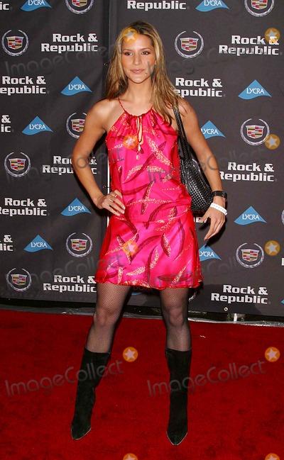 Amanda Byron Photo - Cadillac Presents Rock  Republic Fall 05 Fashion Show Sony Picture Studios Stage 30 Culver City CA 03-17-05 Photo by Milan RybaGlobe Photosinc2005 Amanda Byron