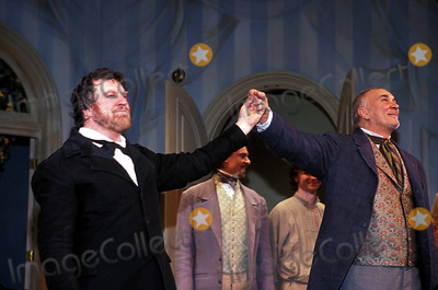 Alan Bates Photo - Fortunes Fool Broadway Premiere at the Music Box Theatre New York City 04022002 Photo Rick Mackler Rangefinders Globe Photos Inc 2002 Alan Bates Alanbatesretro