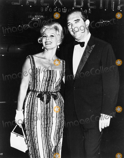 Eva Gabor Photo - Eva Gabor with Richard Brown photo by smp-globe Photos Inc