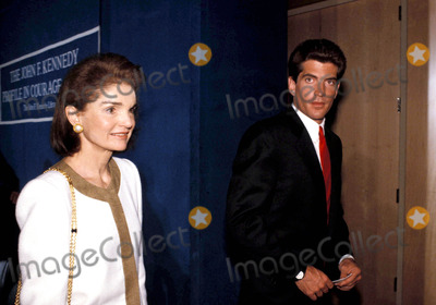 Jackie Onassis Photo - Profile in Courage Award Ceremony at the Jfk Library Boston Mass Jacqueline Kennedy Onassis and John F Kennedy Jr Photobruce Allen  Ipol  Globe Photos Inc Jacquelinekenndeyonassisretro