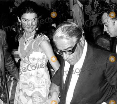 Jacqueline Kennedy Onassis Photo - Jacqueline Kennedy Onassis and Aristotle Onassis SmpGlobe Photos Inc Jacquelinekennedyonassisobit