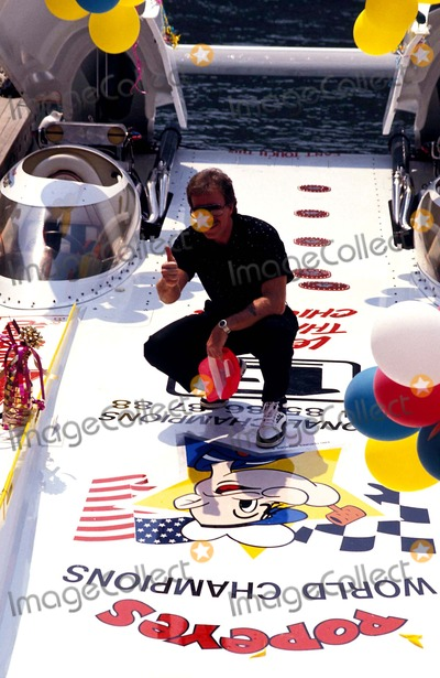 Chuck Norris Photo - Speed Boat Racing Chuck Norris Photo Michael Ferguson  Globe Photos Inc 1990 Chucknorrisretro