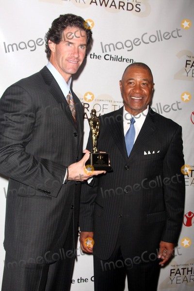 Ozzie Smith Photo - -11-08 Ozzie Smithpaul Oneill Father of the Year Awards at Marriott Marquis Hoteltimes Square Photos by John Barrett-Globe Photosinc