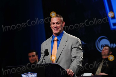 Michael Cole Photo - Jon Cena Wwe Press Conference For Wrestlemania Xxvii Hard Rock Cafe New York City 03-30-2011 photo by Ken Babolcsay - Ipol- Globe Photos Inc