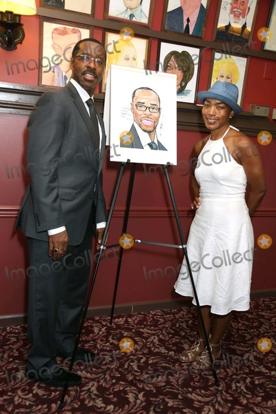 Courtney B Vance Photo - Courney B Vance Caricature Unveiling Sardis NYC July 2 2013 Photos by Sonia Moskowitz Globe Photos Inc 2013 Angela Bassett Courtney B Vance