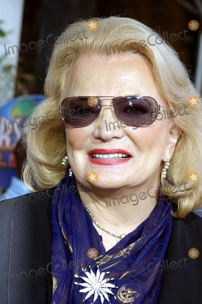 Gena Rowlands Photo - the Skeleton Key World Premiere Universal Studios Cinema Universal City CA 08-02-2005 Photo Clinton Hwallace-photomundo-Globe Photos Inc Gena Rowlands