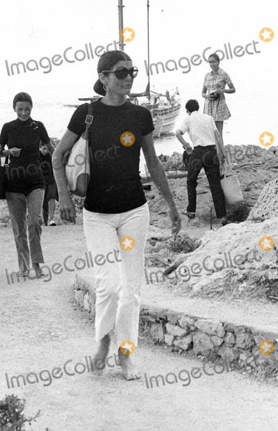 Jacqueline Kennedy Onassis Photo - Jacqueline Kennedy Onassis Photo by Lino Nanni-Globe Photos
