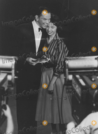 Nancy Sinatra Photo - Nancy Sinatra with Father Frank Sinatra at Frank Sinatra showsupplied by Globe Photos Inc