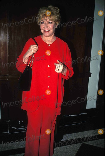 Dorothy Loudon Photo - Actors Fund of Americas Celebrity Auction  New York City 11291993 Photo Mitchell Levy Globe Photos Inc 1993 Dorothy Loudon Dorothyloudonretro