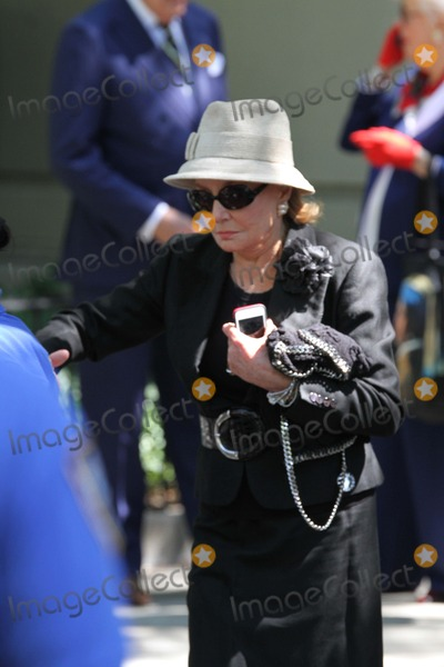 Joan Rivers Photo - Joan Rivers Memorial Held at Temple Emanu-el in Manhattan Her Service Was Attended by Friends Family and Celebrities Barbara Walters