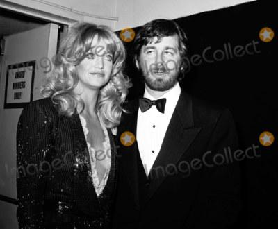 Steven Spielberg SHAG TREE! Dating history, relationship tree, etc...