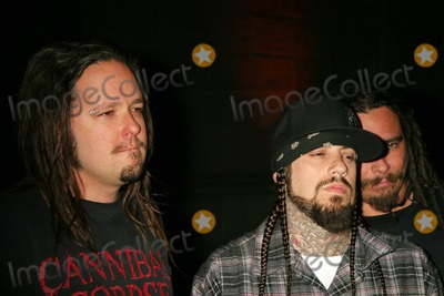 Fieldy Photo - the Family Values Tour 2007 Premiere Party Hollywood Forever Cemetary Hollywood California 04-19-2007 Jonathan Davis and Fieldy of Korn Photo Clinton H Wallace-photomundo-Globe Photos Inc