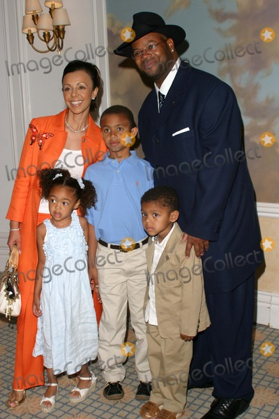 Jimmy Jam Photo - Jimmy Jam Wife Lisa and Their Children - 2004 Recording Academy Membership Awards Luncheon - Beverly Hills Hotel Beverly Hills CA - 06082004 - Photo by Nina PrommerGlobe Photos Inc2004