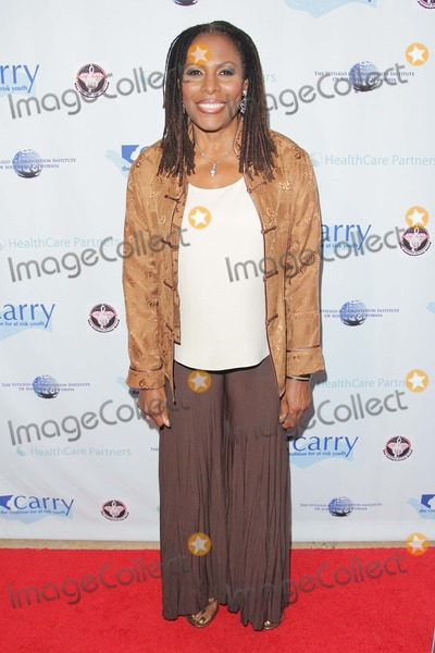 Brenda Russell Photo - Brenda Russell attends Carrys 7th Annual Shall We Dance Gala 11th May 2013 at the Beverly Hilton Hotelbeverly Hills Causaphoto TleopoldGlobephotos