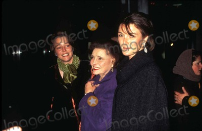 Patricia Neal Photo - James and the Giant Peach Premiere Patricia Neal and Daughters Photo by Walter WeissmanGlobe Photos Inc Patricianealretro