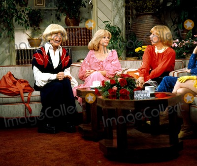 Jill Ireland Photo - the Dinah Shore Show Carol Channing Jill Ireland and Dinah Shore Photo ByGlobe Photos Inc