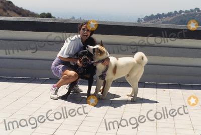 Wanda Acuna Photo - Wanda Acuna at Home 1995 K2486lr Photo by Lisa Rose-Globe Photos Inc