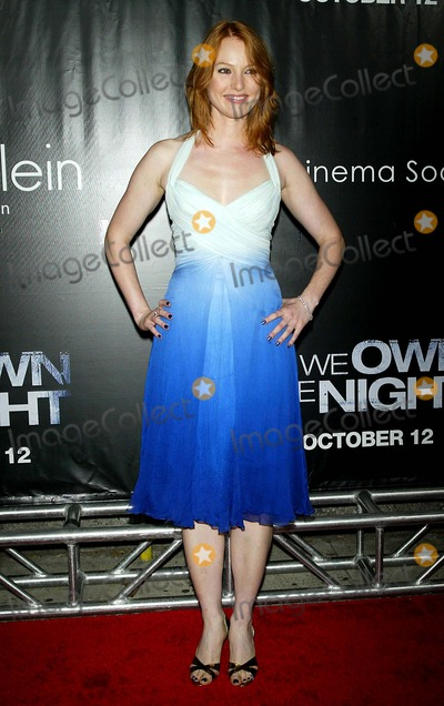 Alicia Witt Photo - Alicia Witt Arrives For the Premiere of We Own the Night at the Chelsea West Cinemas in New York on October 9 2007 Photo by PatrickGlobe Photos Inc