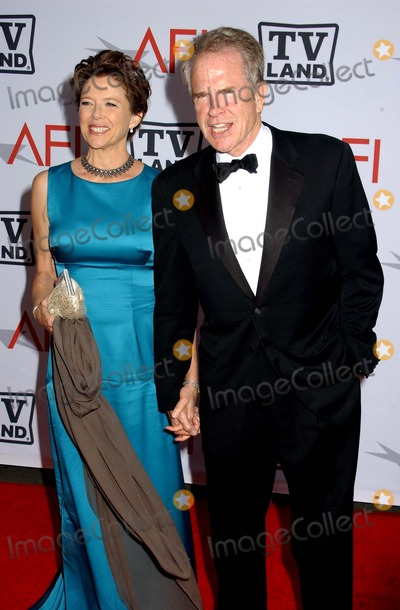 Annette Benning Photo - Warren Beatty  Wife Annette Benning 38th Annual Afi Lifetime Achievement Awards Sony Pictures Studios Culver City CA 06-10-2010 Photo by Phil Roach-ipol-Globe Photos Inc 2010