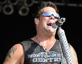Troy Gentry Photo 5