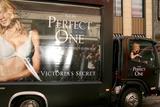 Victoria's Secret Photo 5