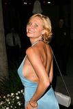 Julie Ashton Photo 5