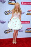 Dove Cameron Photo 5