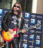 Ace Frehley Photo 5