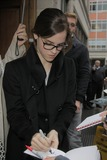 Emma Watson Photos - 26th September 2012  Emma Watson leaving  Radio 1 this morningKGC-184starmaxinccom