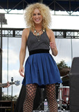 B. Smith,Kimberly Schlapman,Kiss,Little Big Town,Chili Photo - KISS Country Chili Cookoff Concert