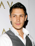 Alex Meraz Photo 5