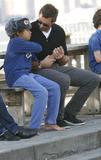 Hugh Jackman Photo - HUGH JACKMAN AND KIDS SIGHTING