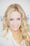 Carly Chaikin Photo 5