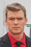 Alan Ritchson Photo 5