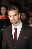 Theo James Photo 5