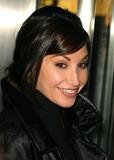 Gina Gershon Photo 5