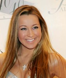 Ashley Leggat Photo 5