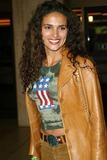 Wanda Acuna Photo 5