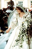 Princess Diana Photos - Princess Diana on Her Wedding Day in 1981 Bitter Row Over Dianas Spare Wedding Dress Photo Julie ApplebeealphaGlobe Photos Inc 1981 07-29-