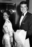 Lyle Waggoner Photo 5