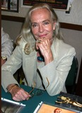 Shirley Eaton Photo 5